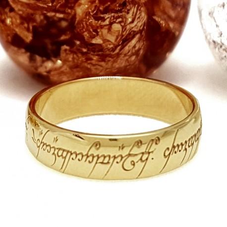 Alianza redondeada y con interior confort en oro amarillo del señor de los anillos