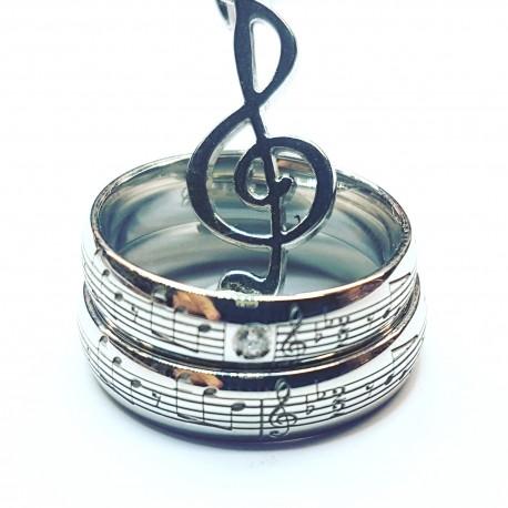 Alianzas artesanales con partitura musical grabada por el exterior en oro blanco amarilo o rosa o plata